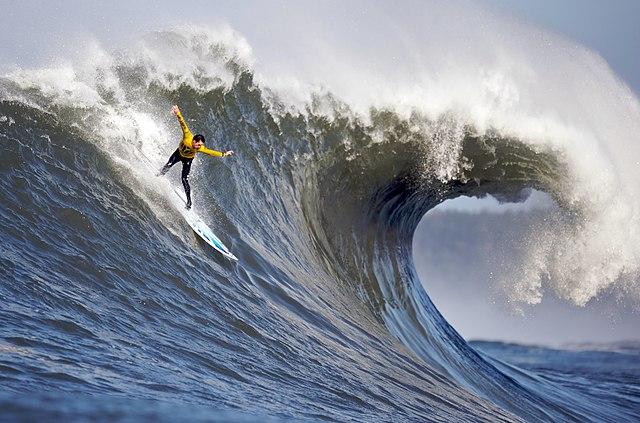 61-Foot Wave