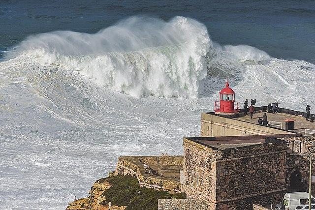 78-Foot Wave