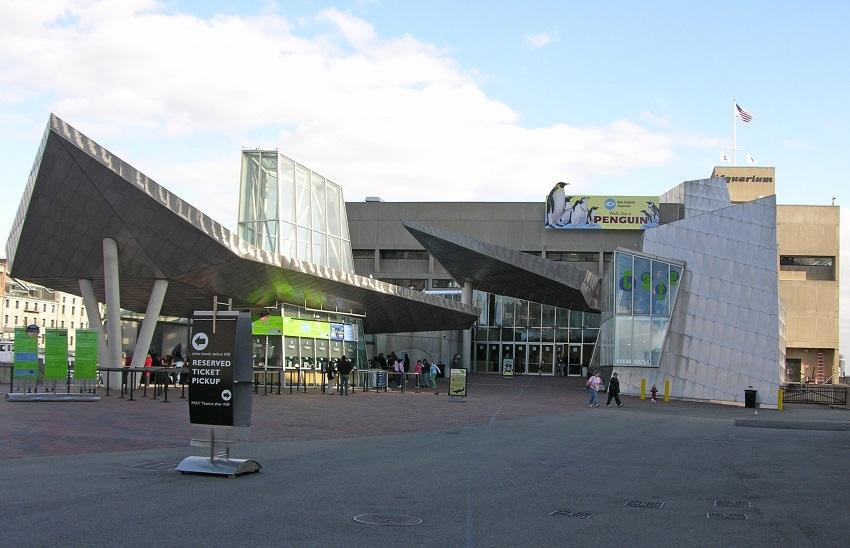 New England Aquarium Plaza
