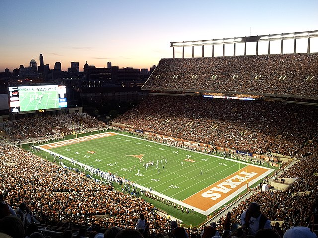 DKR_Texas_Memorial_Stadium