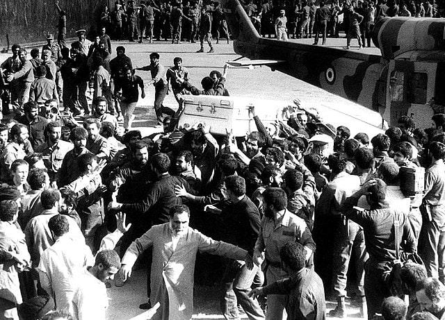 Funeral_of_Ruhollah_Khomeini